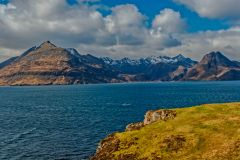 Looking towards the Black Cuillins on the way back to Elgol