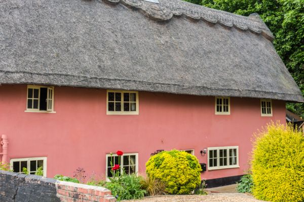 Eye photo, A thatched cottage on Buckshorn Lane