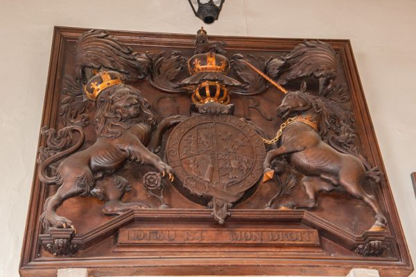 Fordingbridge, St Mary's Church photo, George I royal coat of arms