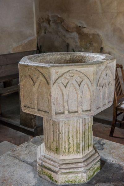Frenze, St Andrew's Church photo, The late 15th century font
