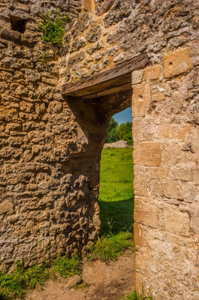 Godstow Abbey photo, Medieval doorway to the chapel