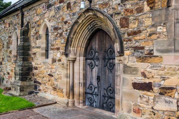 Haltwhistle, Holy Cross Church photo, 13th century doorway