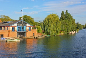 The River Thames and boathouse (c) Wayland Smith