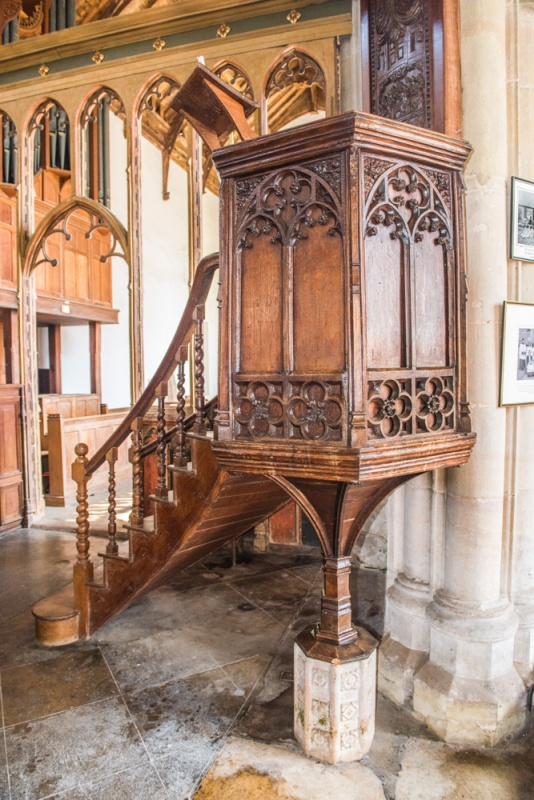 15th century wine-glass pulpit