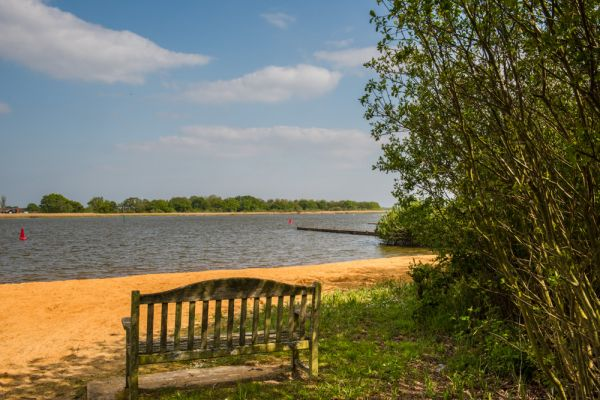 Hickling photo, A quiet bench looks over Hickling Broad
