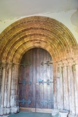 Holme Cultram Abbey, The Norman west doorway