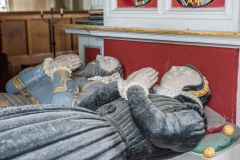 Hurstbourne Priors, St Andrew's Church, Effigies of the Oxenbridges
