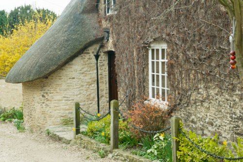 A thatched cottage in Islip, Oxfordshire