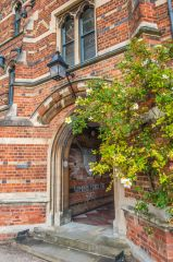Keble College, A doorway in First Quad