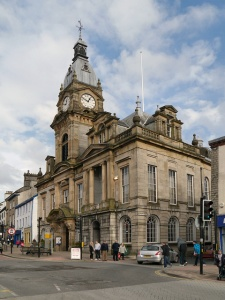 Kendal town hall (c) David Dixon