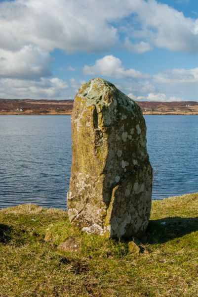 Kensaleyre Standing Stones photo, The northern stone