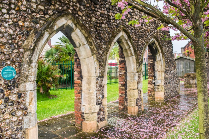 15th century arches in Tower Gardens