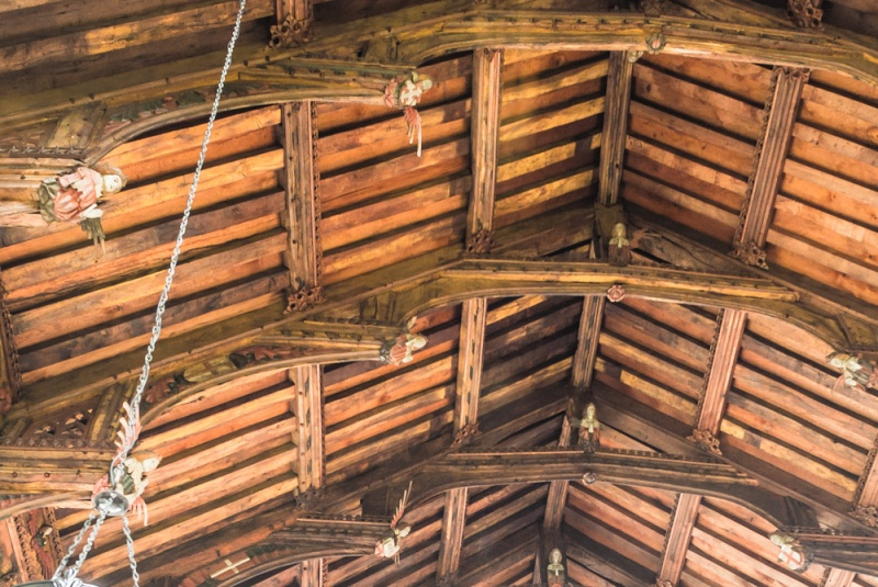 The 1504 double hammer beam angel roof