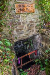 Launcells Barton, St Swithin's holy well