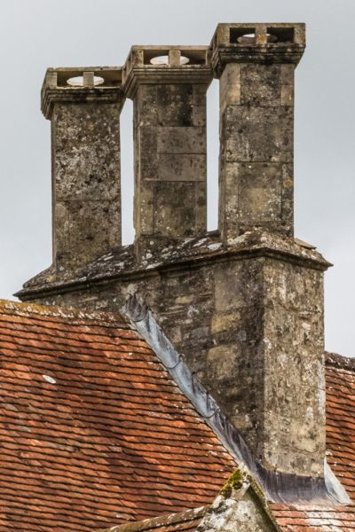 Little Clarendon photo, A picturesque chimney stack