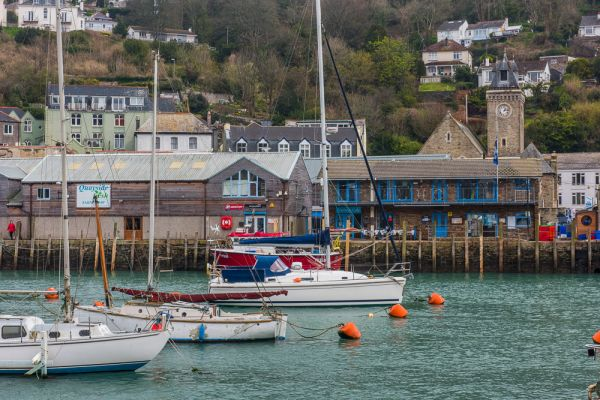 Looe photo, Fishing boats in Looe harbour