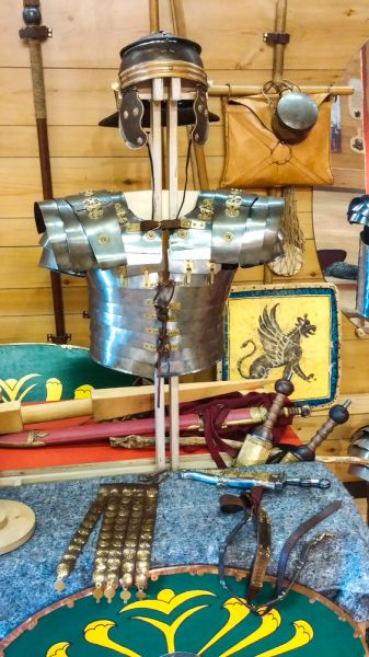 Lunt Roman Fort photo, A display of Roman armour