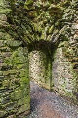 Lydford Castle, Arched doorway through the castle's interior dividing wall