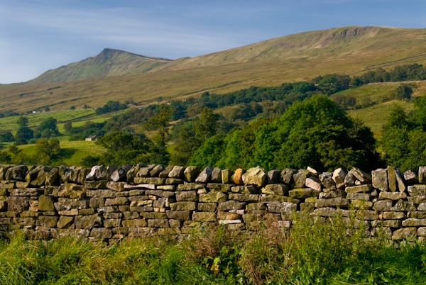 Stone walls at Mallerstang, Eden Valley