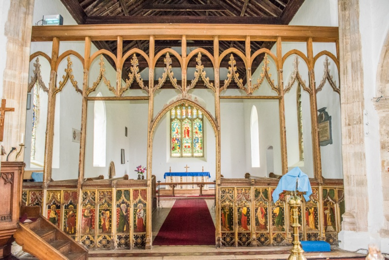 The late medieval chancel screen