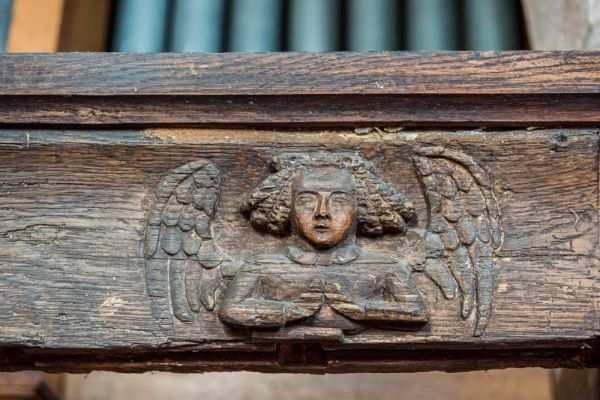 Morland, St Lawrence Church photo, Carved 14th century angel on the chapel screen