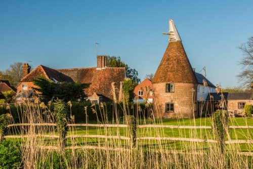 A picturesque oast house in Newenden