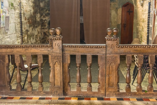 The 1685 communion rails