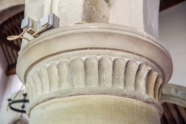 Over Wallop, St Peter's Church photo, 12th century nave capital