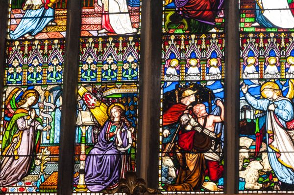 Oxford, St Mary Magdalen Church photo, Richly coloured Victorian stained glass