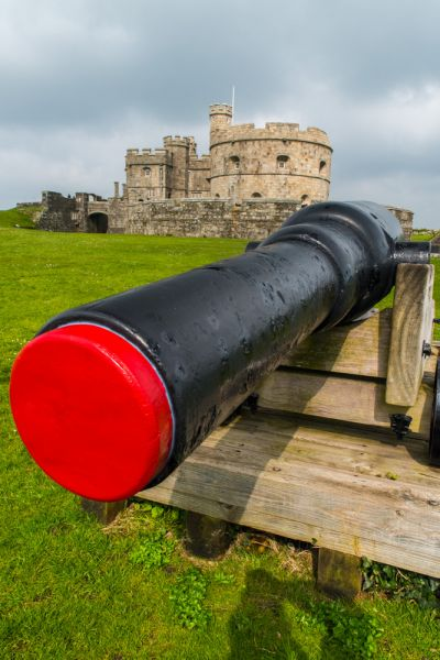 Pendennis Castle photo, A cannon on the Elizabethan ramparts