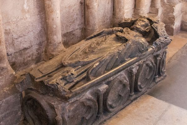 Peterborough Cathedral photo, Tomb of Alexander of Holderness (d1226), abbot of Peterborough