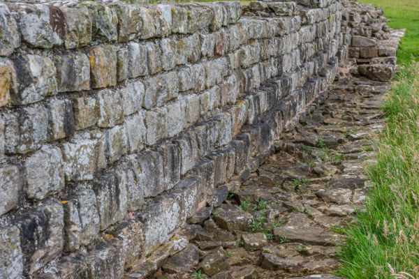Planetrees Roman Wall (Hadrian's Wall) photo, Another view of the Broad Wall foundation