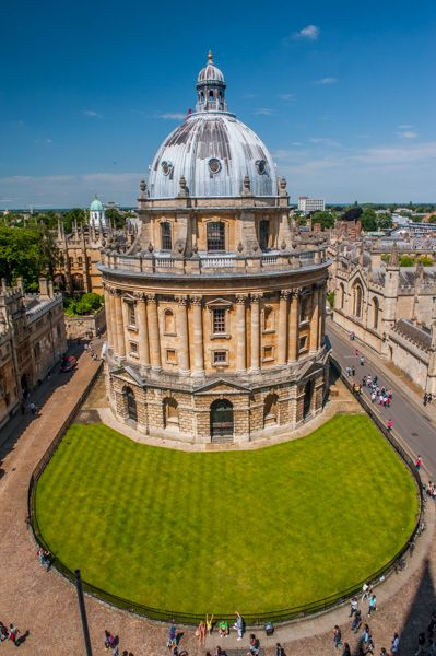 Radcliffe Camera photo, Looking down from St Mary the Virgin's tower