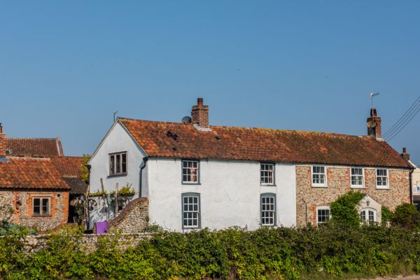 Salthouse photo, Cottages along the Coast Road