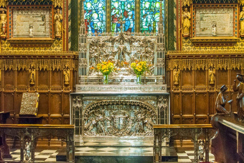 The silver reredos and altar