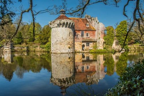 Scotney Castle Historic Kent Guide