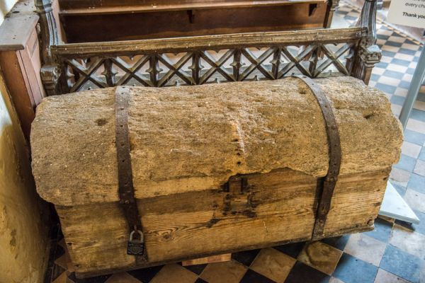 Shimpling, St George's Church photo, The ancient parish chest