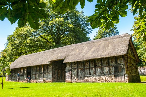 St Fagans Castle photo, Stryd Lydan Barn