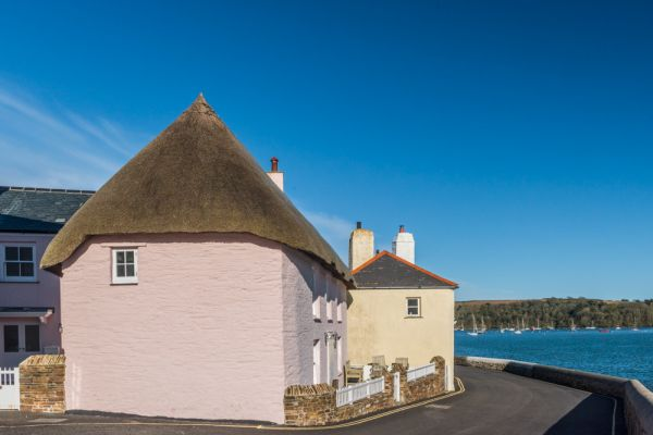 St Mawes photo, Thatched cottage on Marine Parade
