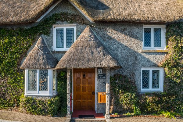 St Mawes photo, A pretty thatched cottage near the harbour