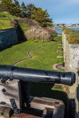 A cannon on the lower battery