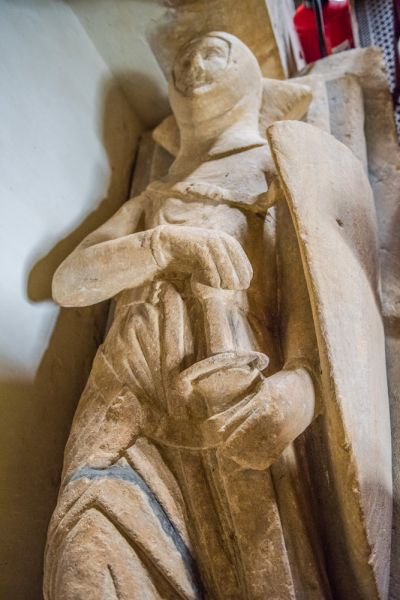 Stock Gaylard, St Barnabas Church photo, Another look at the de Waleys effigy