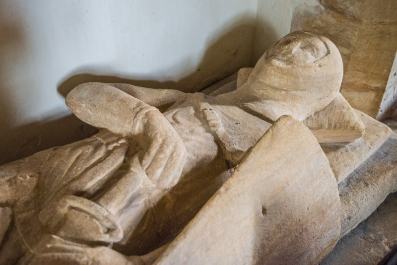 Effigy of Sir Ingelramus de Waleys, d. 1275