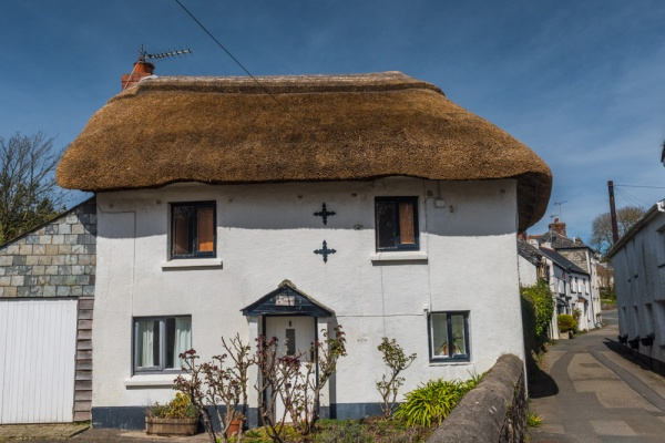 A picturesque thatched cottage on Howell's Road