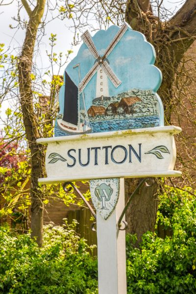 Sutton photo, The village sign