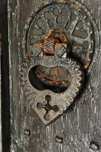 Victorian 'sanctuary ring' door handle