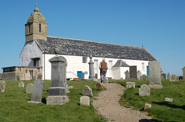 Tarbat Old Parish Church (c) Jim Bain