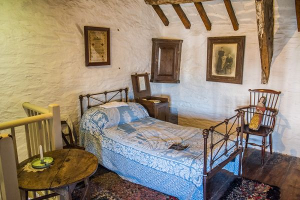 Tintagel Old Post Office photo, The north bedroom