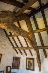 Tintagel Old Post Office, Timber breams in the north bedroom