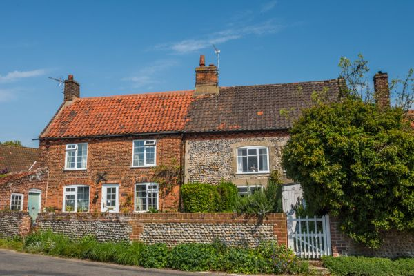 Trunch photo, Pretty cottages near the church